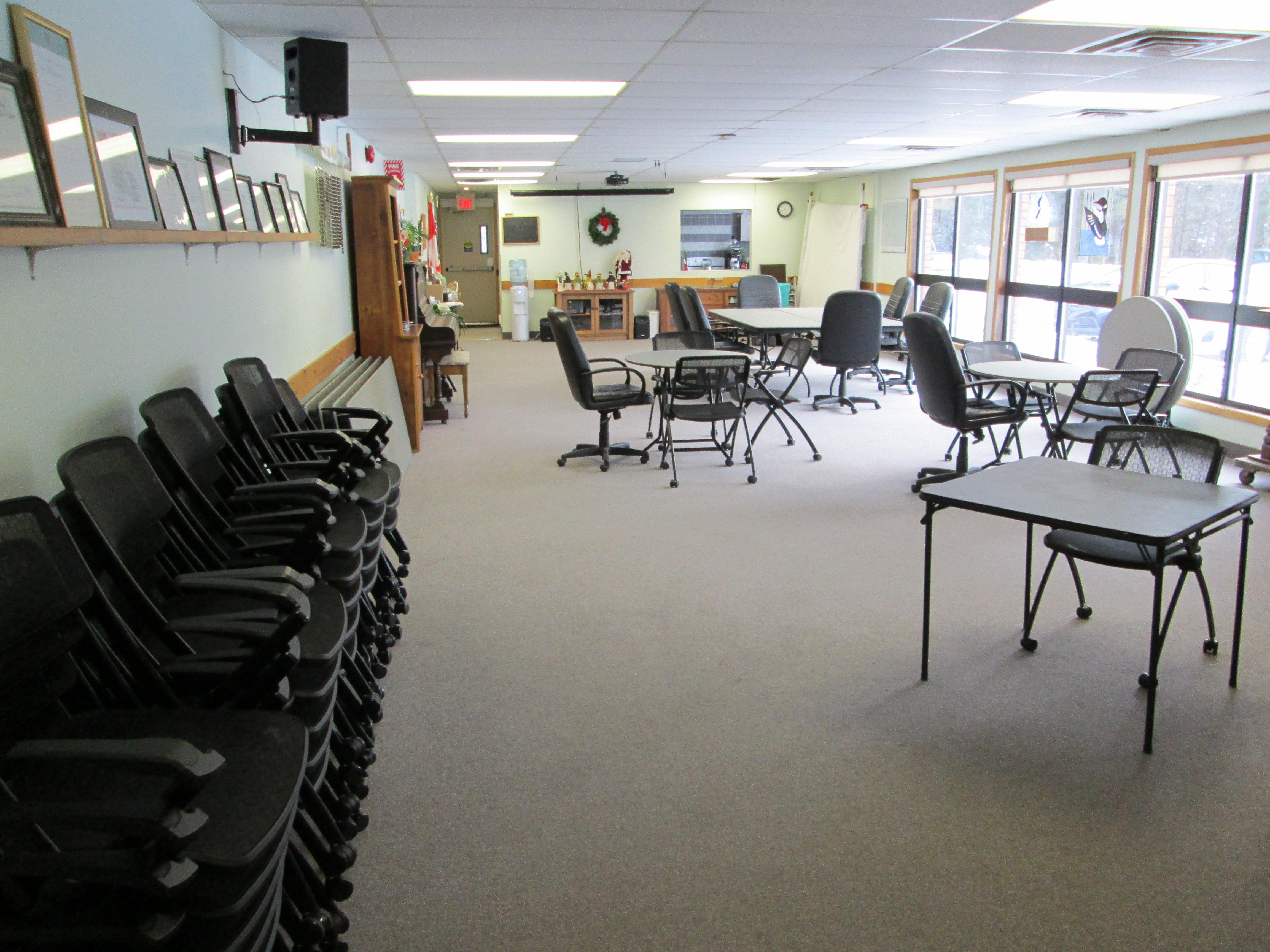 Community Centre Meeting Room (Seniors Lounge)